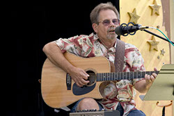 Image of Bob Christensen at Art by the Bay on Camano Island, July 2005